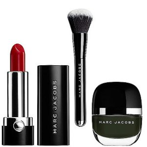 Marc-Jacobs-Beauty-Shopping