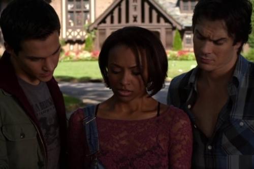 In-The-Vampire-Diaries-6x04-black-hole-sun-Bonnie-rinuncia-a-tornare-a-casa-con-Damon-638x425
