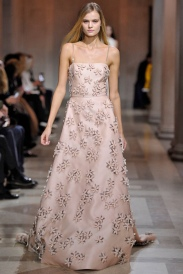 Carolina-Herrera-2016-Fall-Winter-Runway18